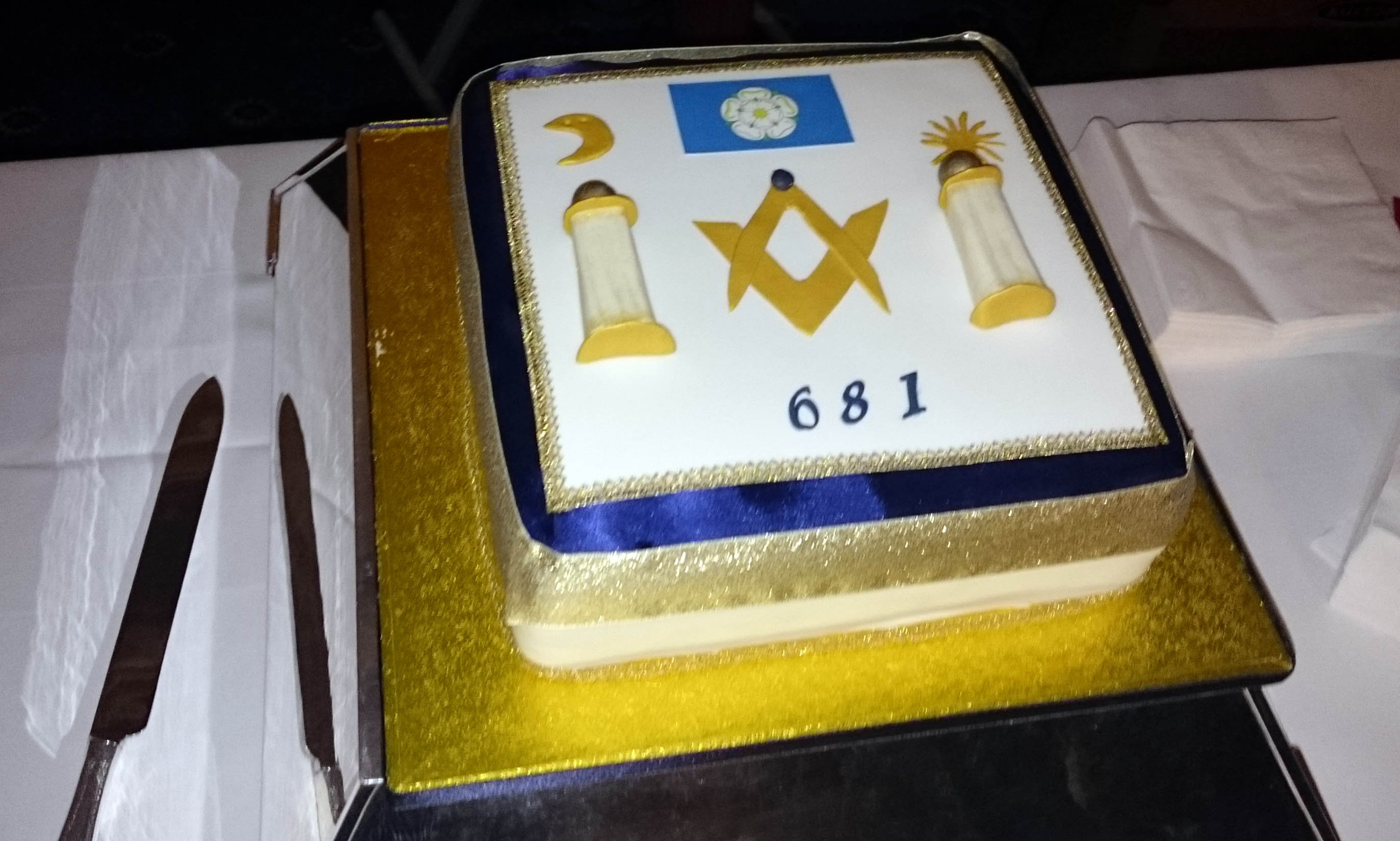 Woifford 90th Birthday Cake Scarsdale 681